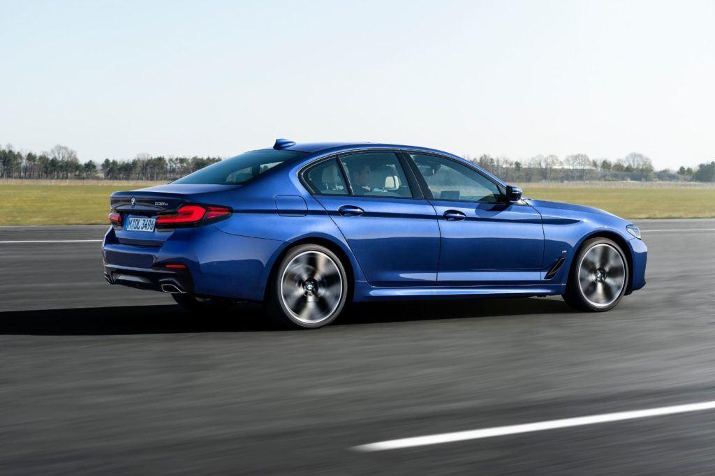 2021 BMW 5 Series 21