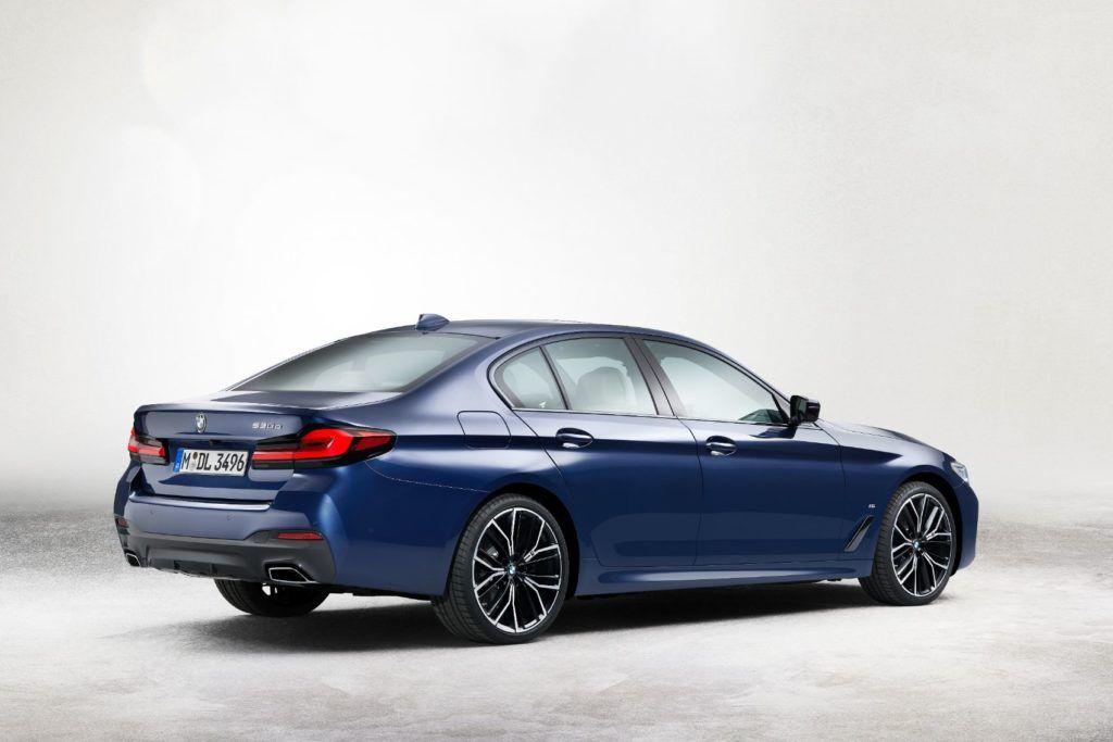 2021 BMW 5 Series 26