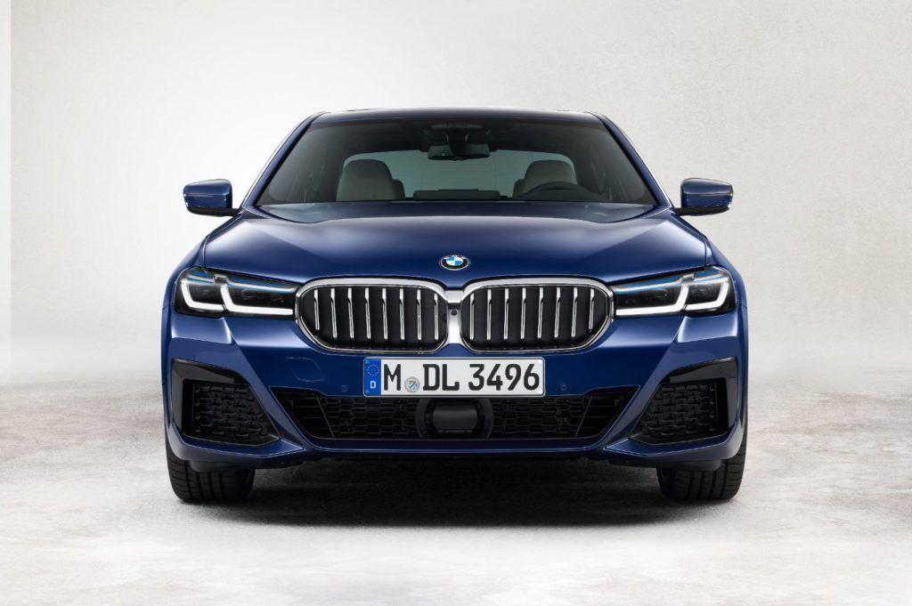 2021 BMW 5 Series 27