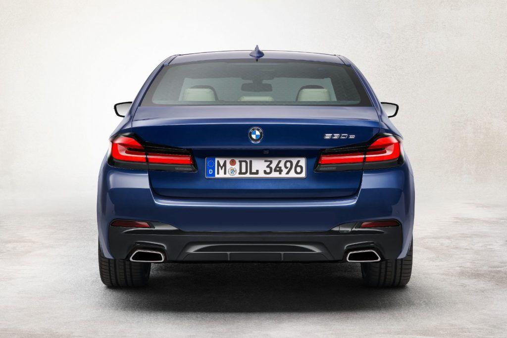 2021 BMW 5 Series 28