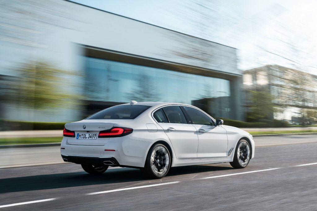 2021 BMW 5 Series 48