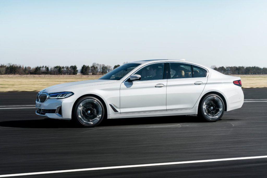 2021 BMW 5 Series 53