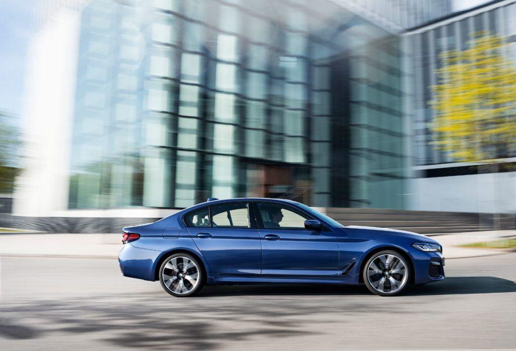 2021 BMW 5 Series 6