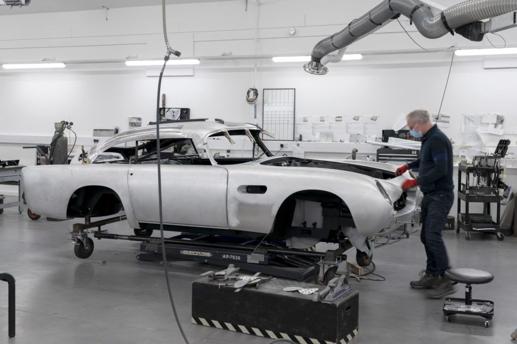 Aston Martin DB5 Goldfinger Continuation 2