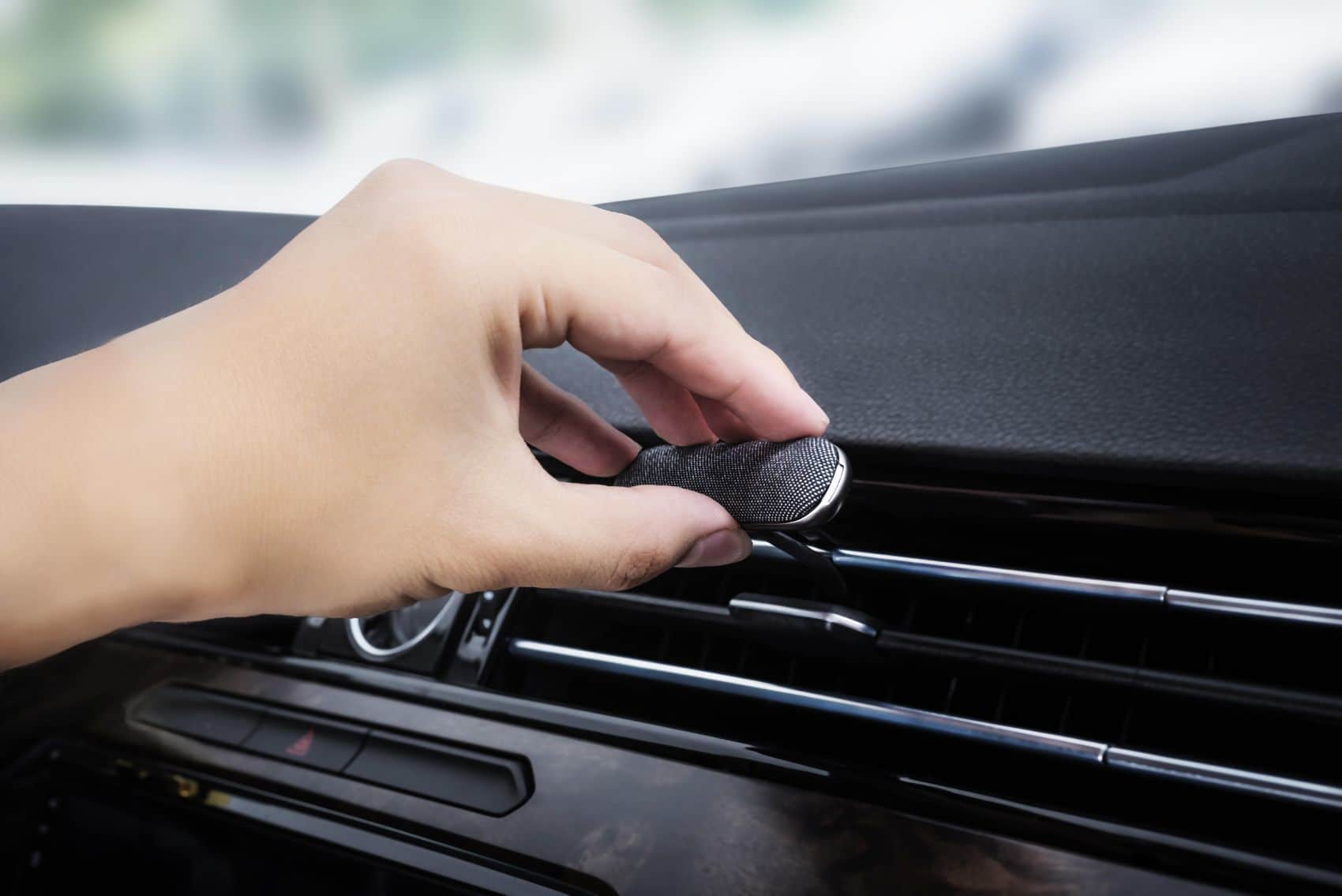 Your Air Freshener Is Probably Toxic: Replace It With This Instead