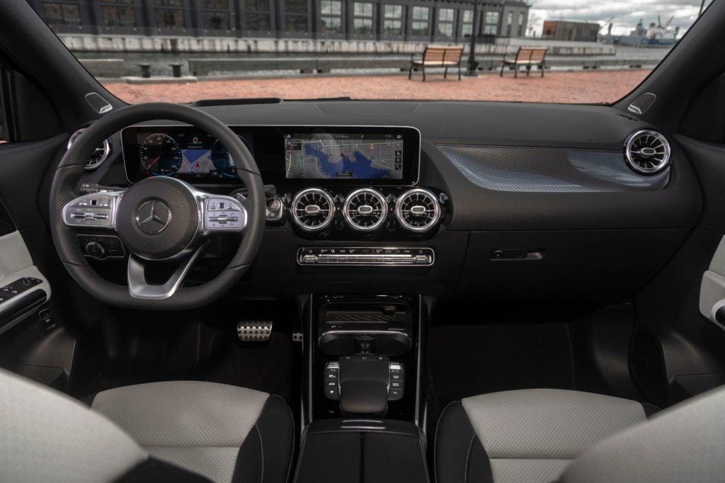 2021 Mercedes-Benz GLA interior layout.