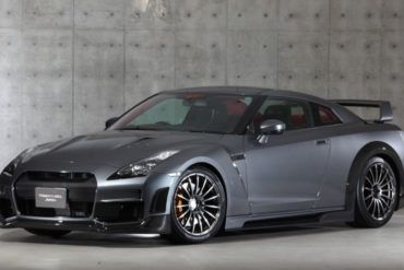 Tommy-Kaira-Silver-Wolf-Nissan-GT-R