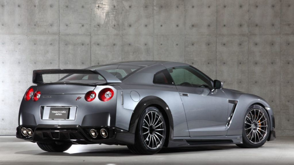 Tommy-Kaira-Silver-Wolf-Nissan-GT-R-rear-quarter