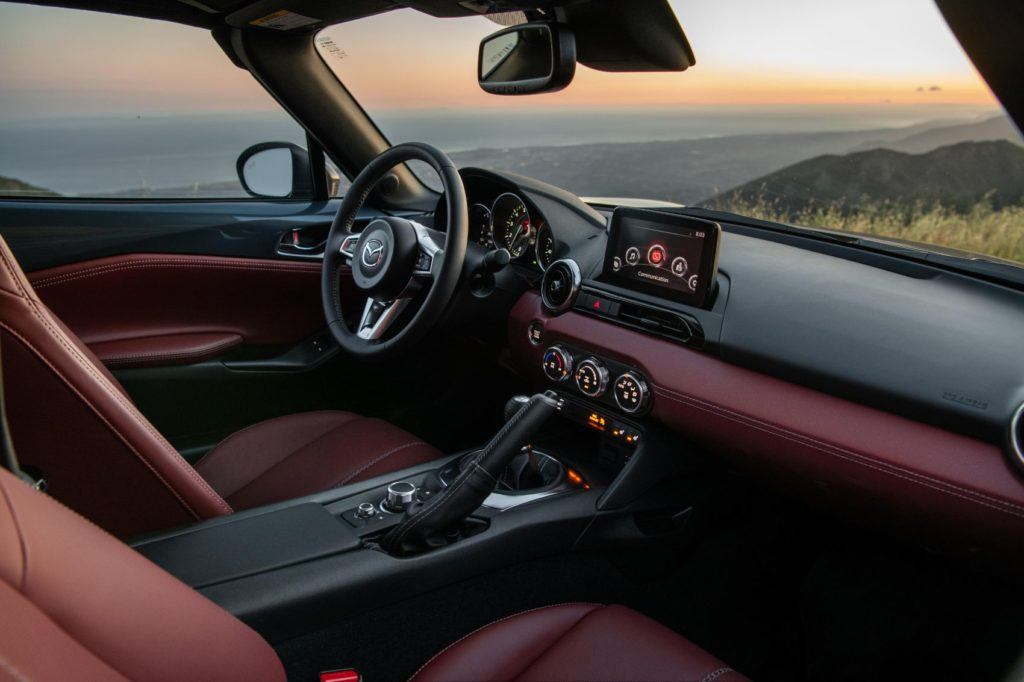 2020 Mazda MX-5 Miata RF interior layout.