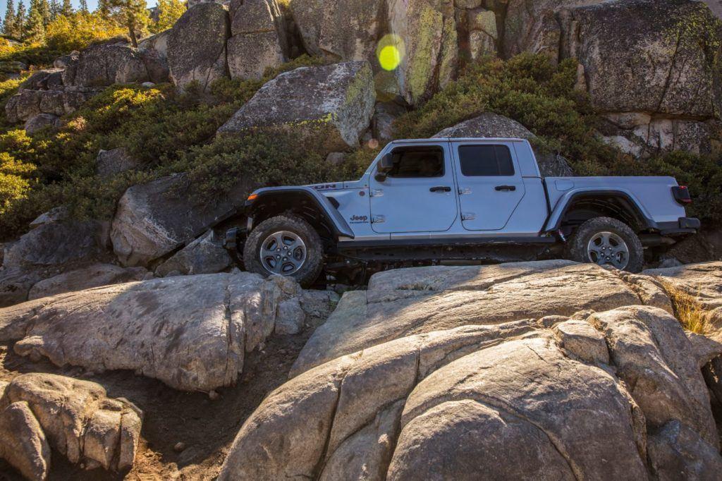 2021 Jeep Gladiator 12