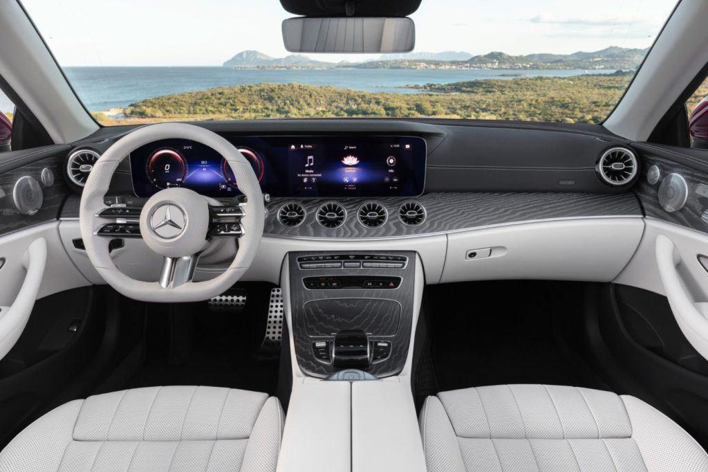 2021 Mercedes-Benz E 450 Cabriolet interior layout.