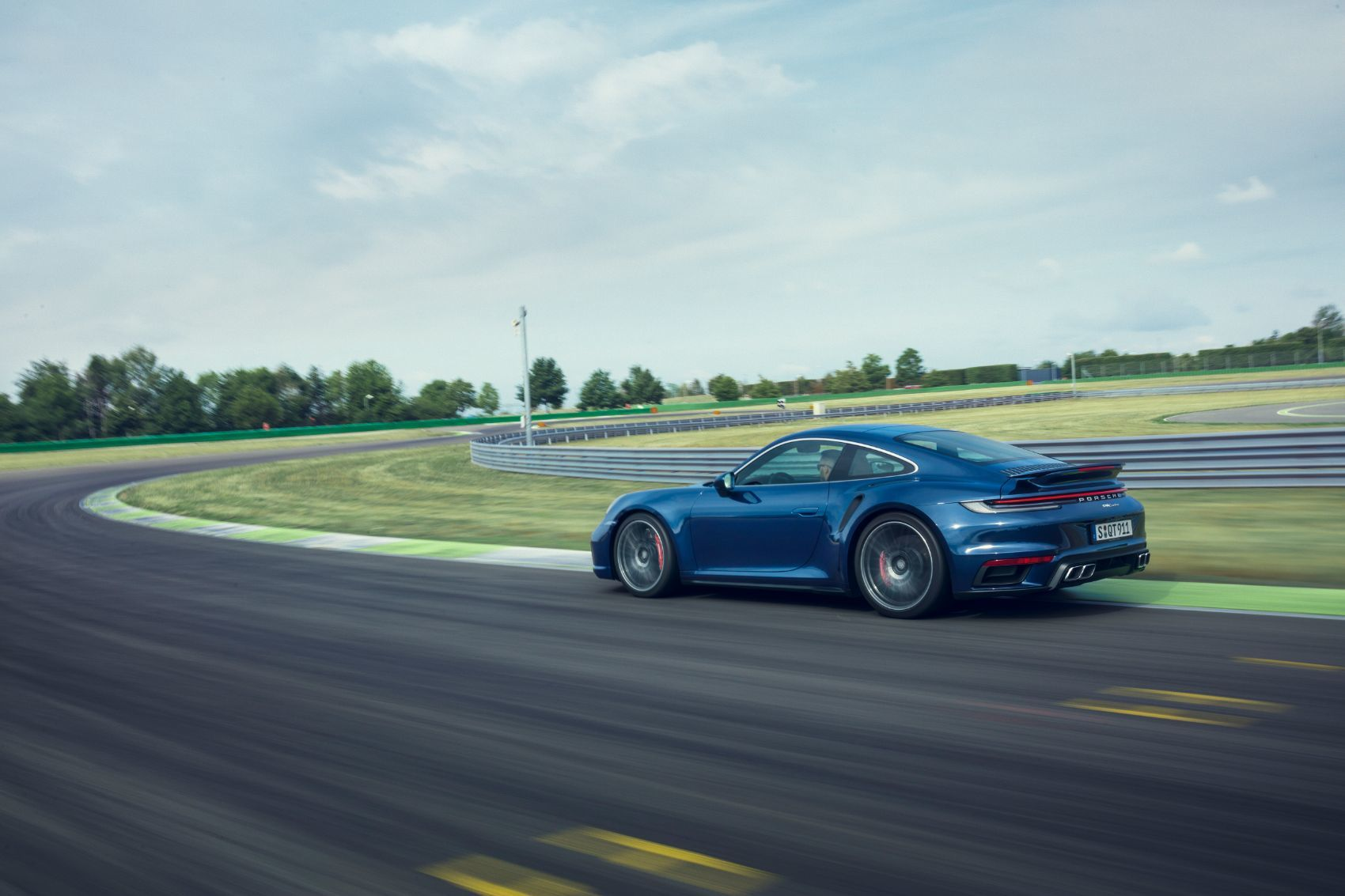 2021 Porsche 911 Turbo Receives a Nice Power Bump & New Tech