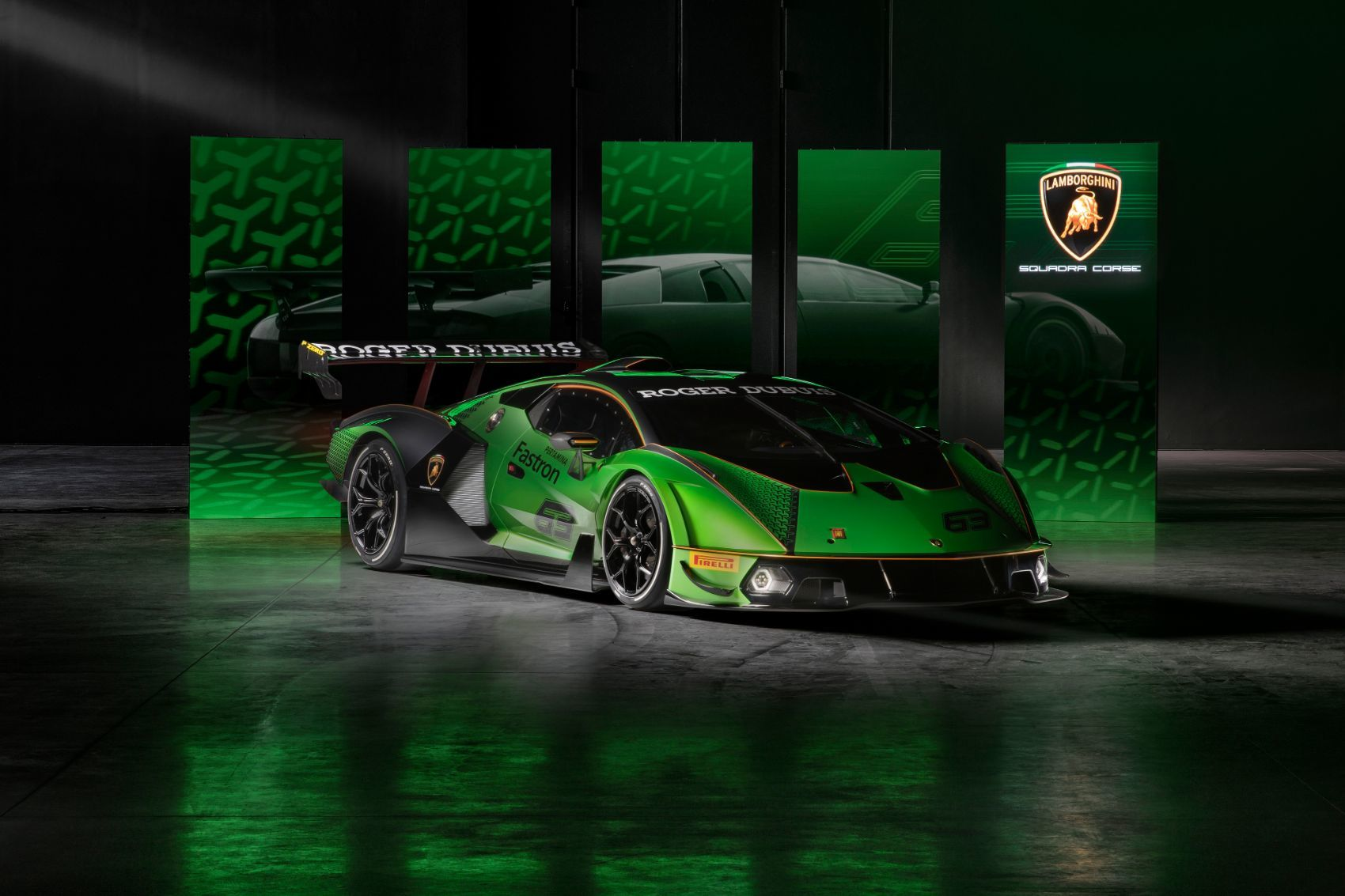 Lamborghini Essenza SCV12: By The Track & For The Track