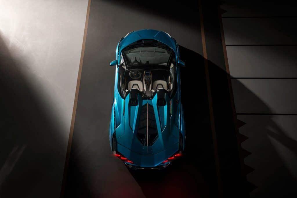 Lamborghini Sián Roadster aerial view.