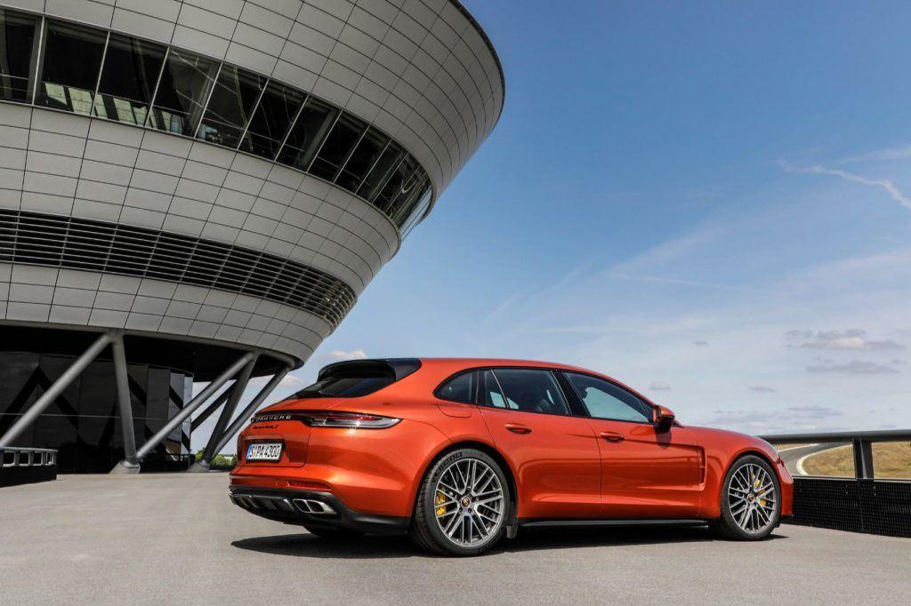 2021 Porsche Panamera 12