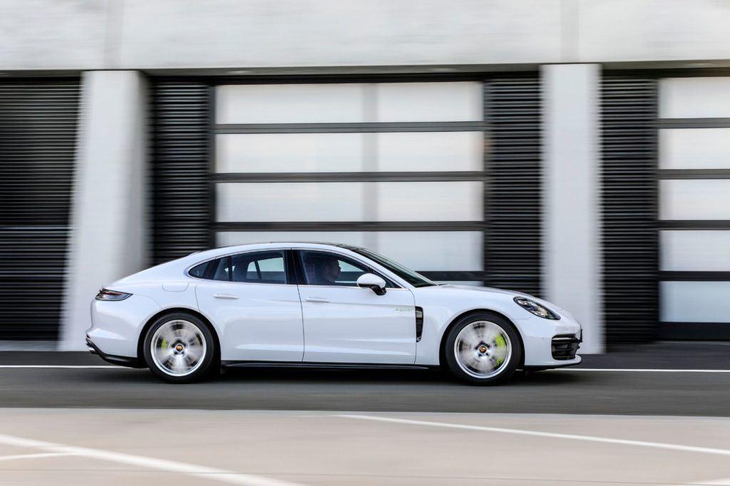 2021 Porsche Panamera 13