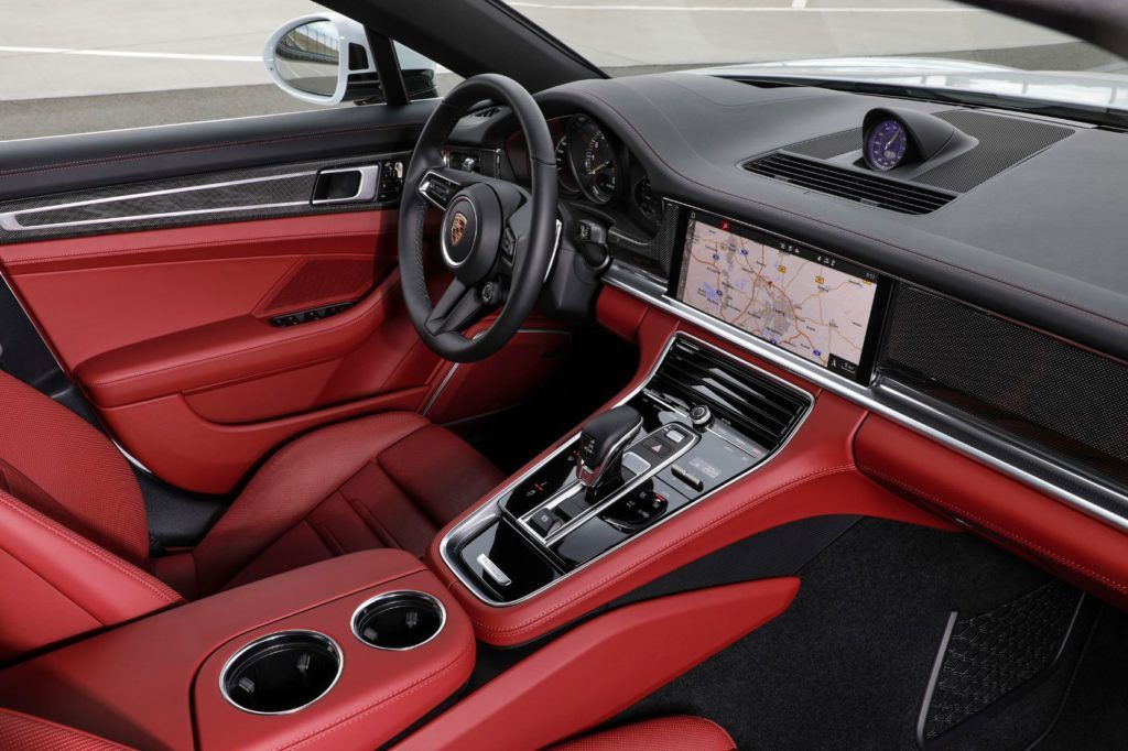 2021 Porsche Panamera interior
