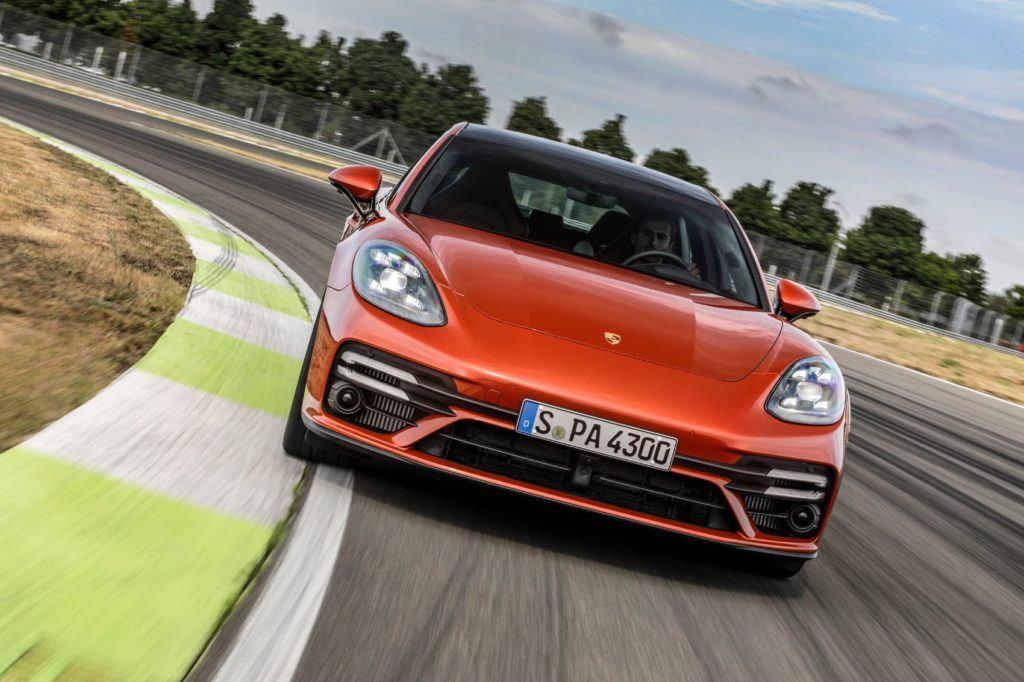2021 Porsche Panamera 2