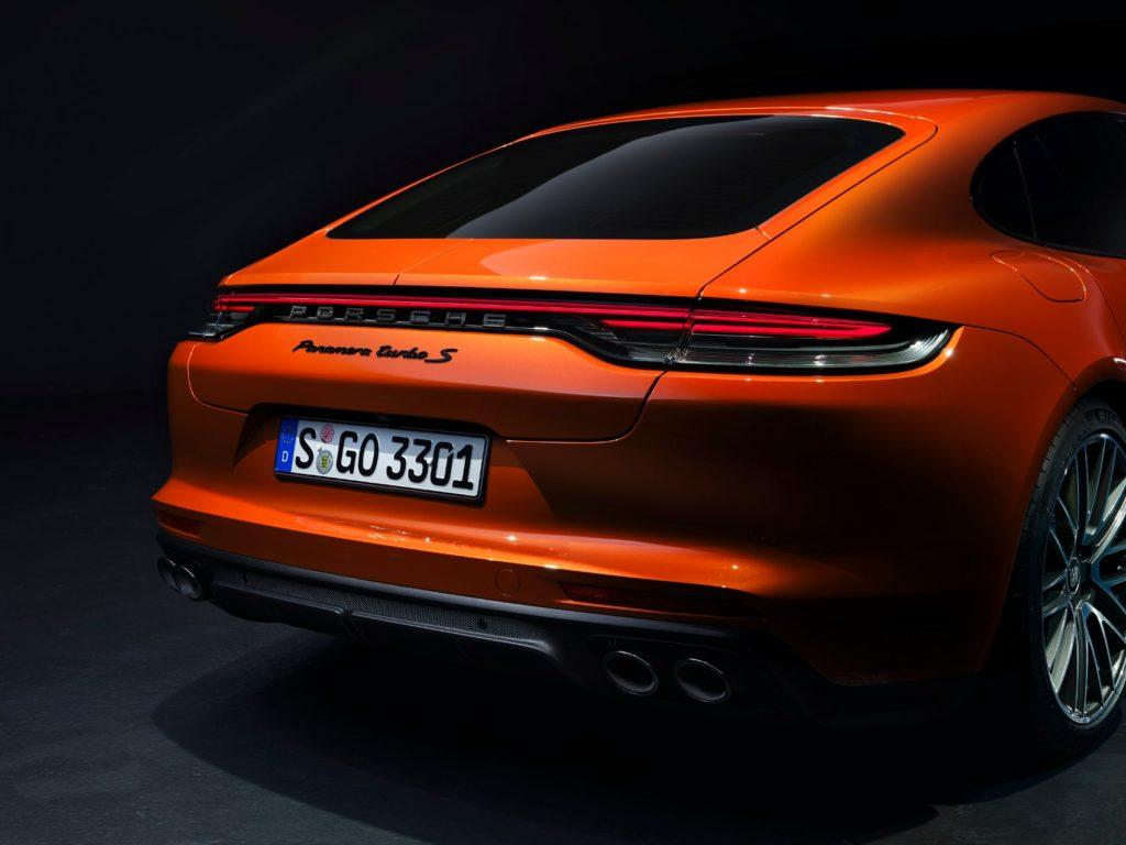 2021 Porsche Panamera 8