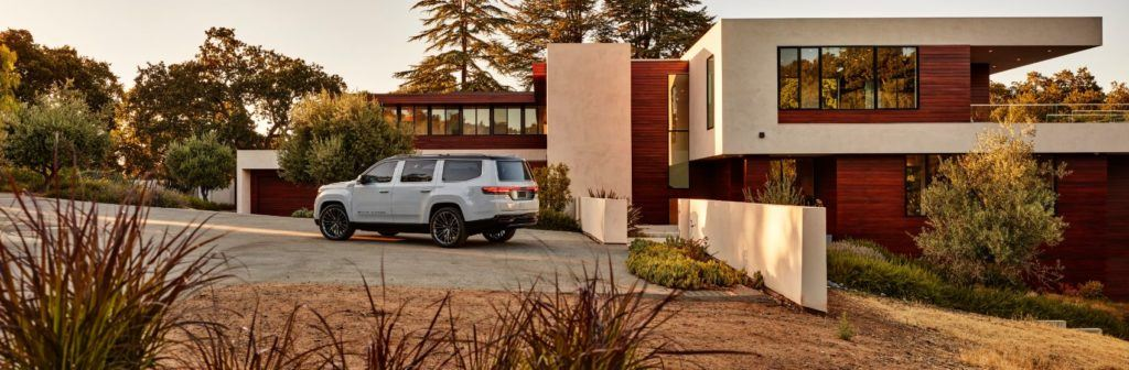 Jeep Grand Wagoneer Concept 14