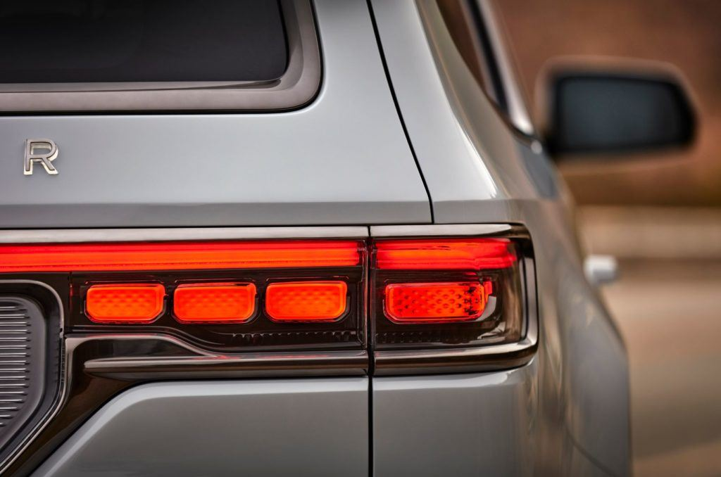 Jeep Grand Wagoneer Concept 25