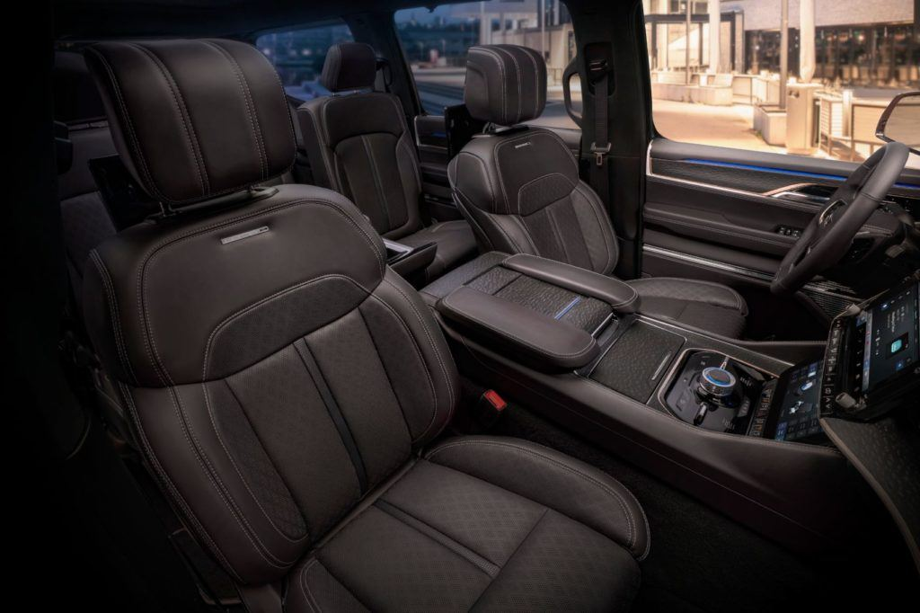 Jeep Grand Wagoneer Concept 37