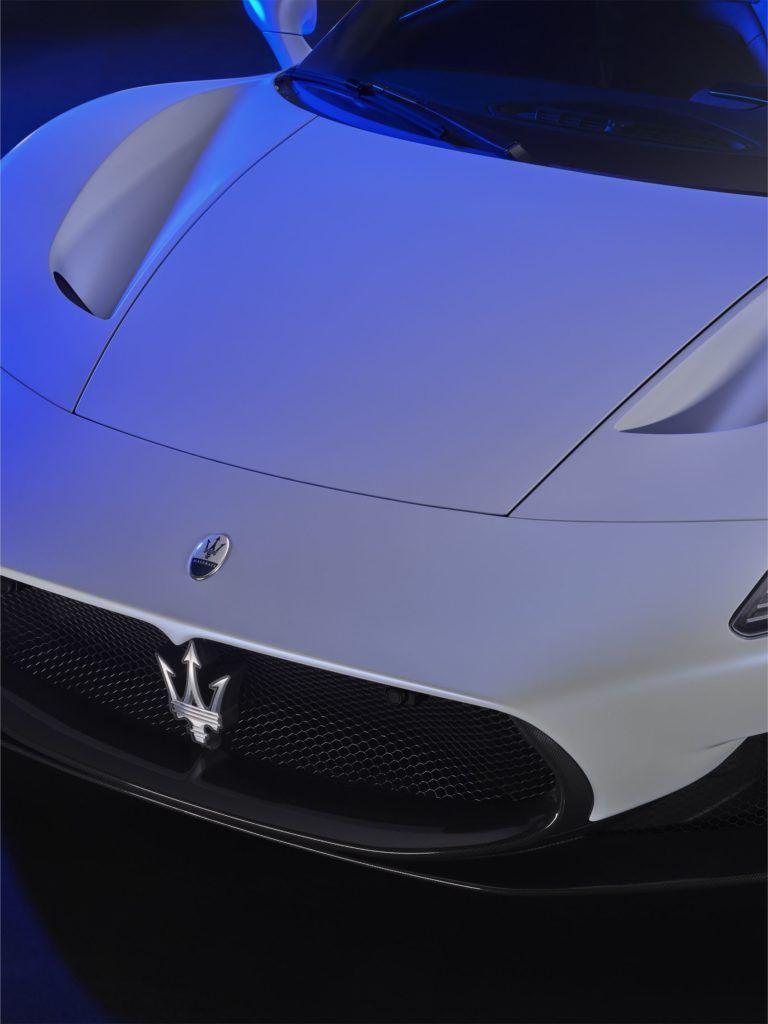 Maserati MC20 31
