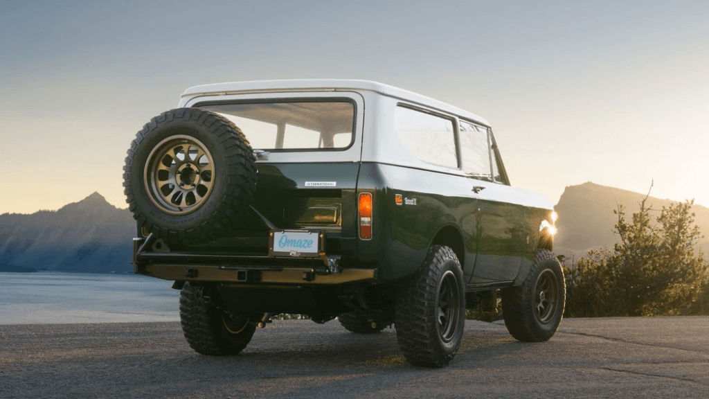 Restored 1973 International Scout II 7