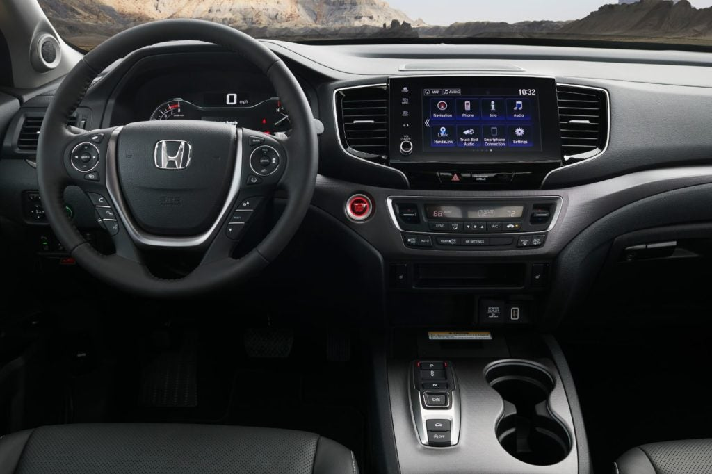 2021 Honda Ridgeline interior layout.