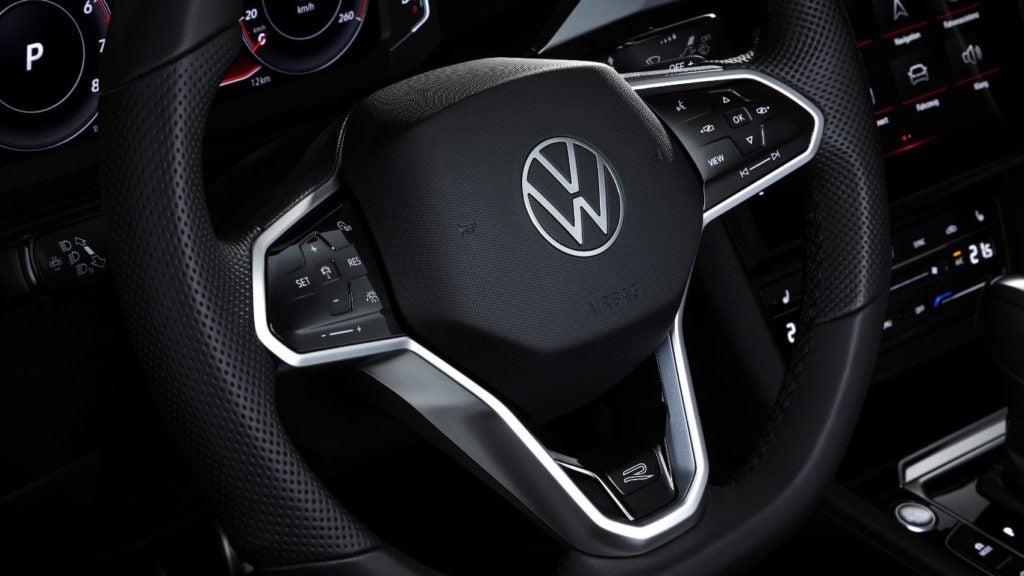 2021 VW Arteon 15