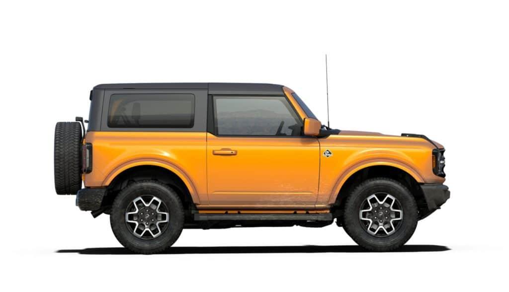 2021 Bronco Tw0 Door Outerbanks Cyber Orange