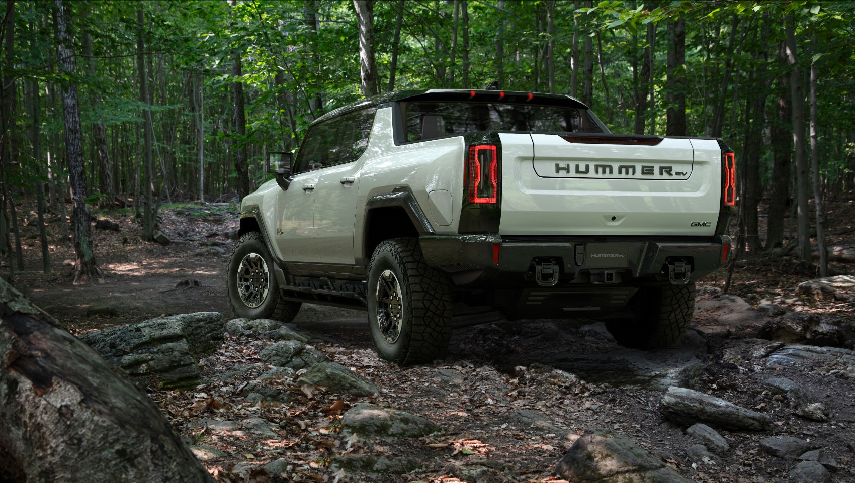 "2022 GMC Hummer EV Edition 1: A Walk Around This New Electric ""Supertruck"""