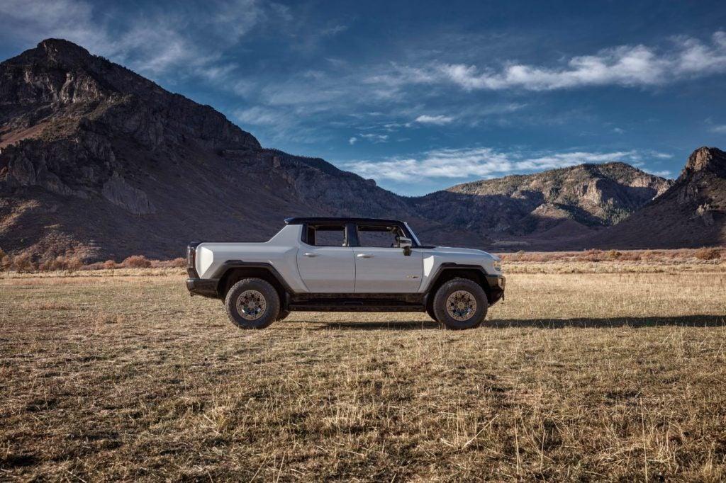 2022 GMC Hummer EV 34
