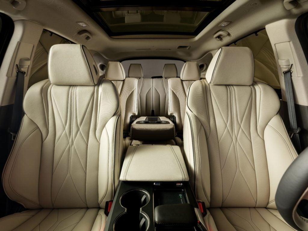 Acura MDX Prototype interior layout.