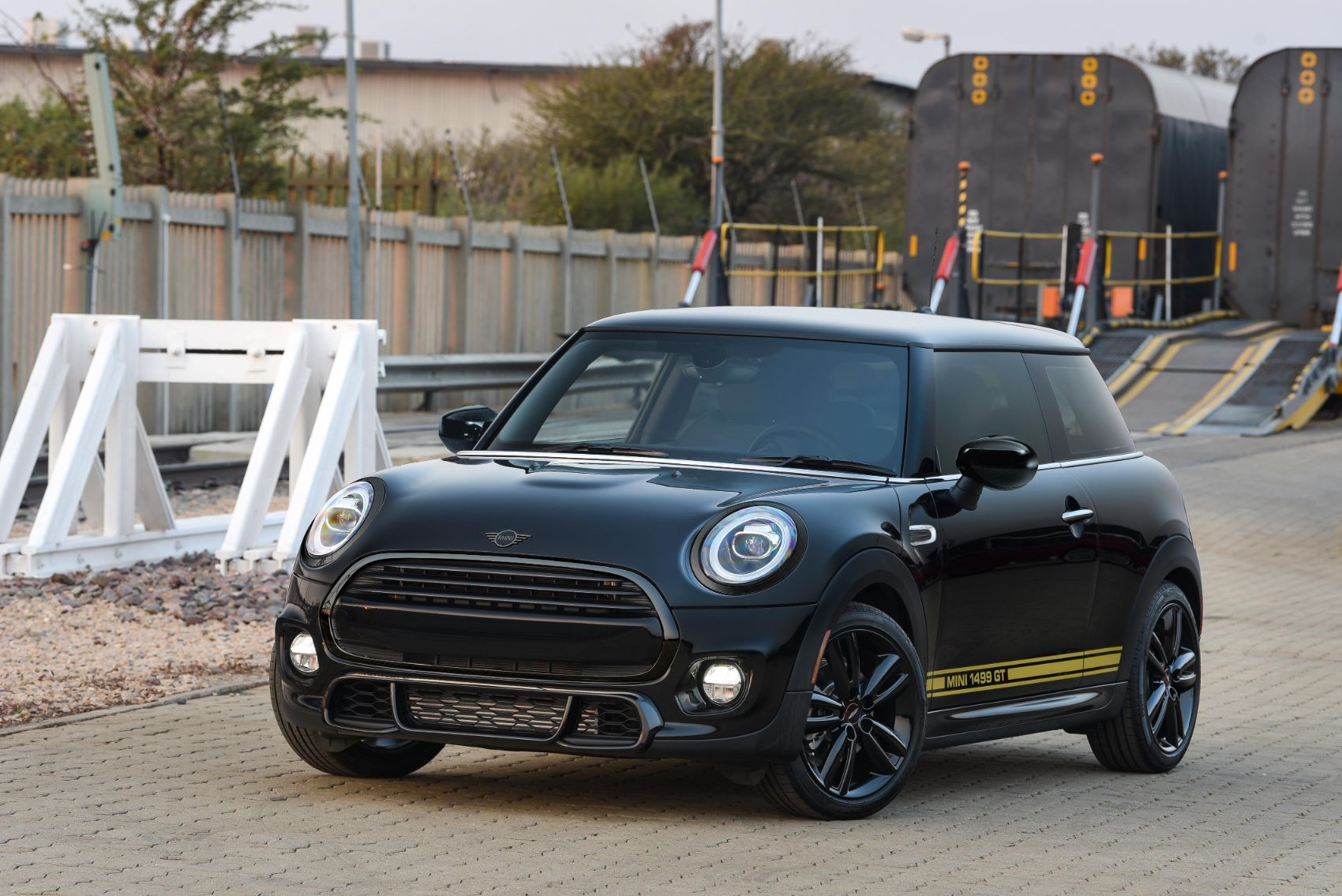 Mini Rolls Out Two New Special Editions & We Want Both