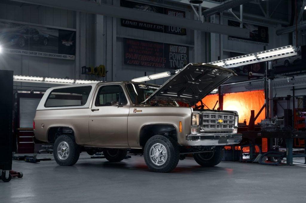 Chevy K5 Blazer-E.