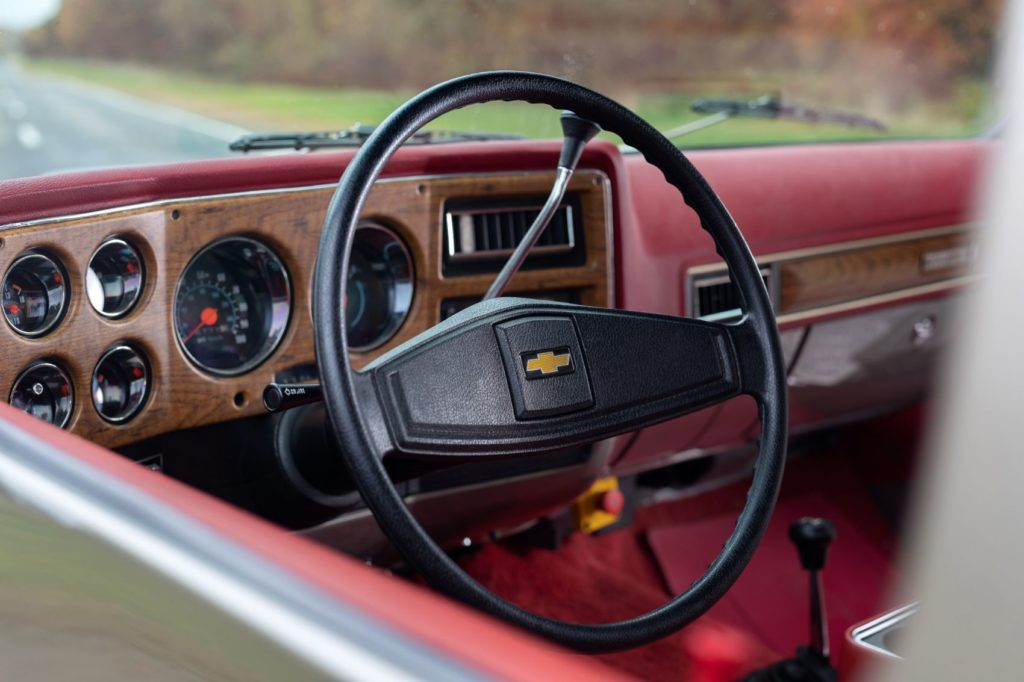 Chevy K5 Blazer-E interior layout.