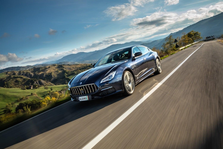 2021-Maserati-Quattroporte-SQ4-GranLusso-16