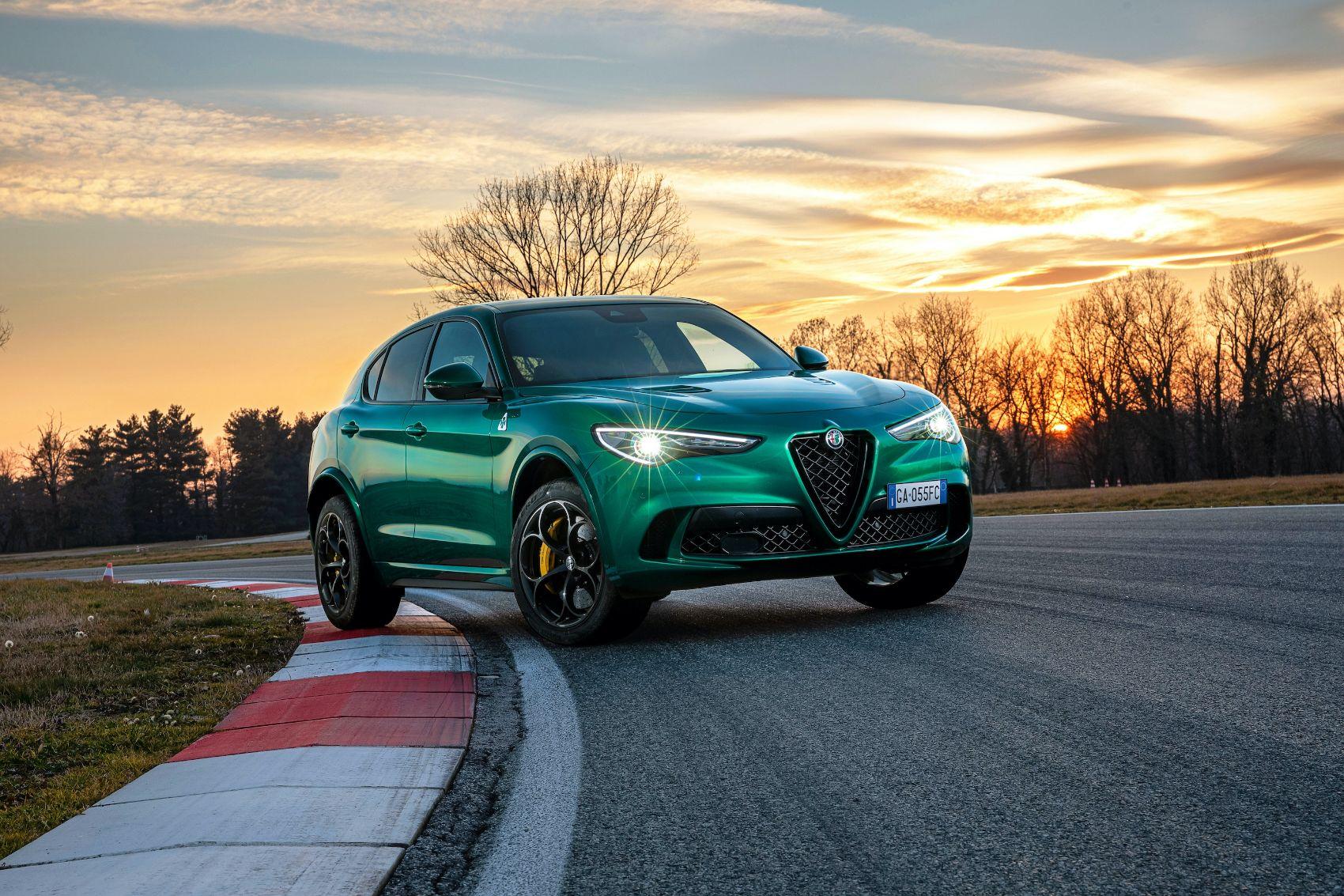 2021 Alfa Romeo Stelvio 15