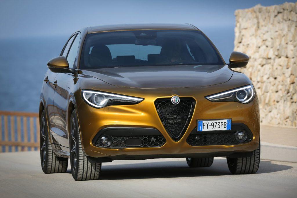 2021 Alfa Romeo Stelvio 4