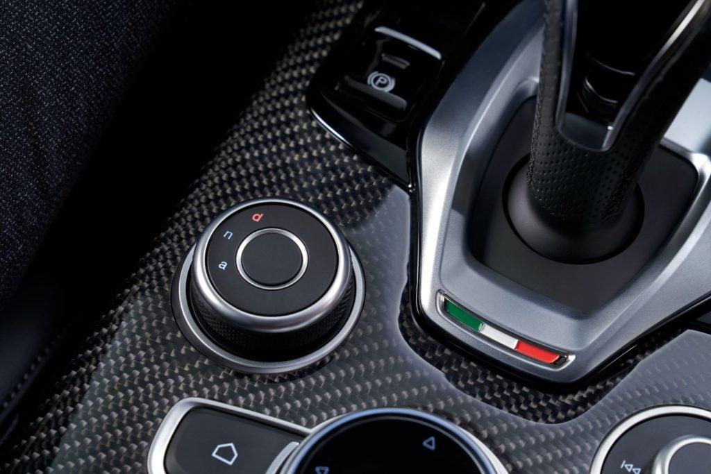 2021 Alfa Romeo Stelvio 7