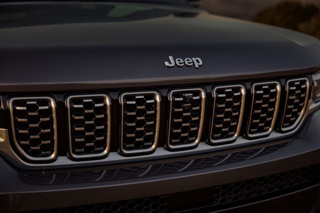 2021 Jeep Grand Cherokee L 35
