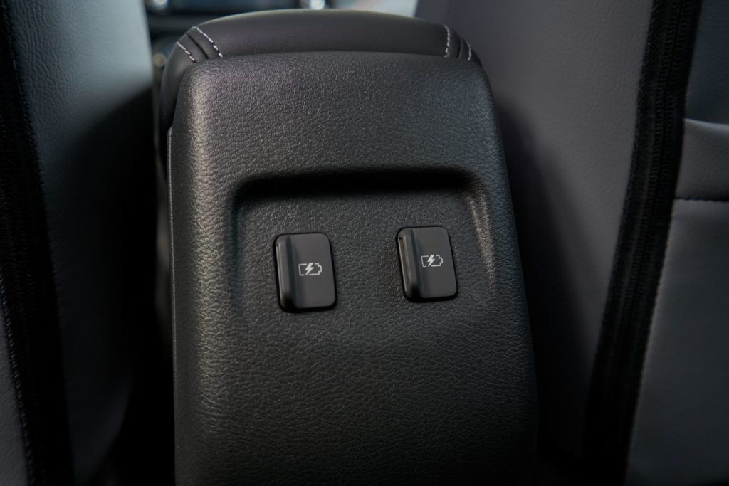 2021 Nissan Kicks 14