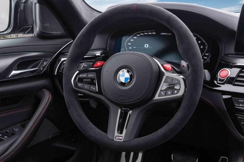 2022 BMW M5 CS Sedan 28