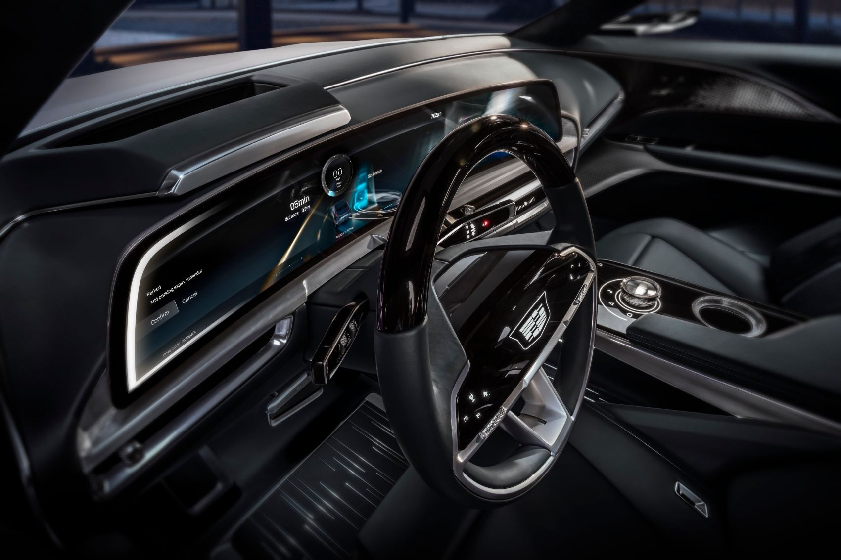 Cadillac Debuts New 33-Inch User Interface for Next-Generation Driver Experiences