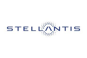 Stellantis logo white