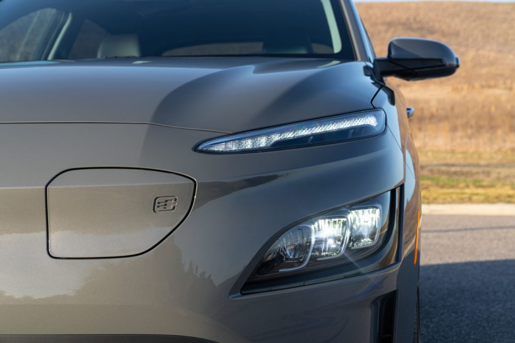 2022 Hyundai Kona Electric 3