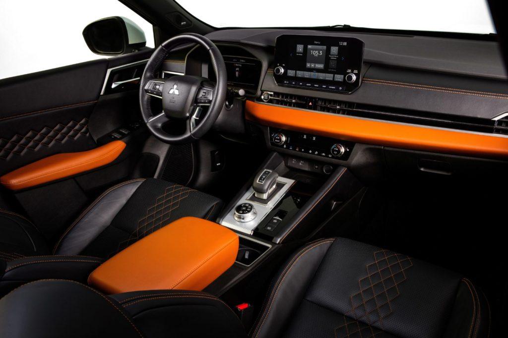 2022 Mitsubishi Outlander interior layout.