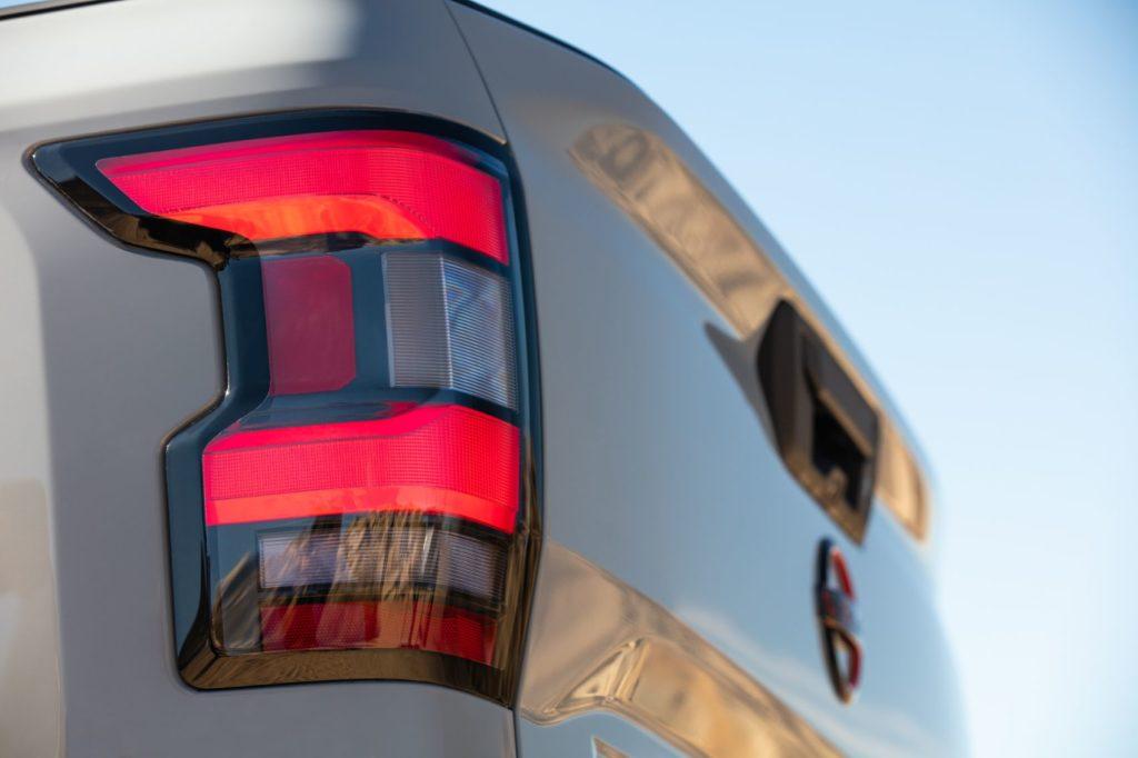 2022 Nissan Frontier 12