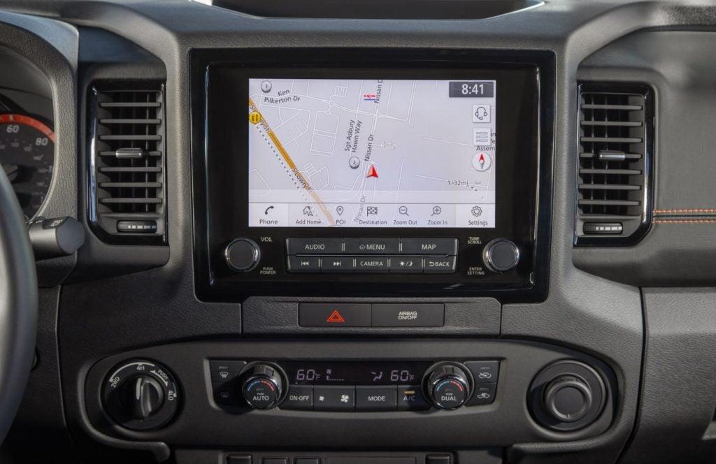 2022 Nissan Frontier 27